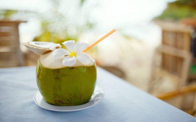 Nước dừa giảm cân hiệu quả bạn có tin không?