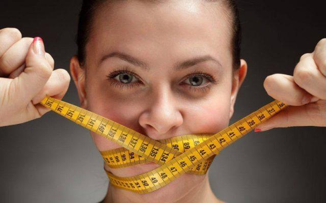 Cùng tìm hiểu lý do tại sao không nên nhịn ăn để giảm cân