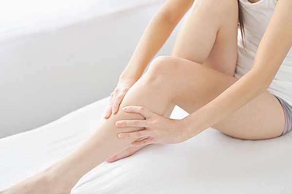 Bí quyết có đôi chân thon gọn chỉ với 3 động tác đơn giản