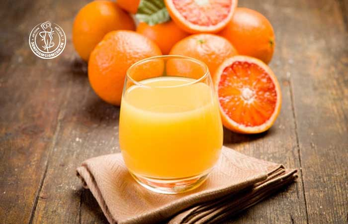 Lợi ích của việc áp dụng thực đơn giảm cân với cam