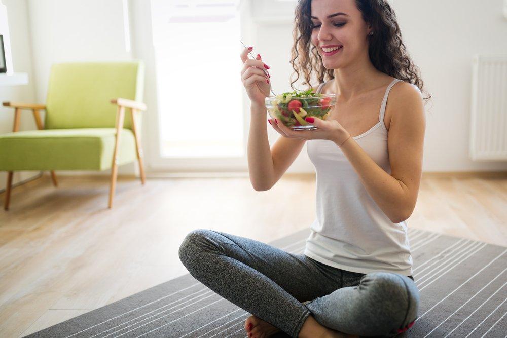 Chế độ ăn kiêng giảm cân Ornish Diet đòi hỏi kết hợp Yoga