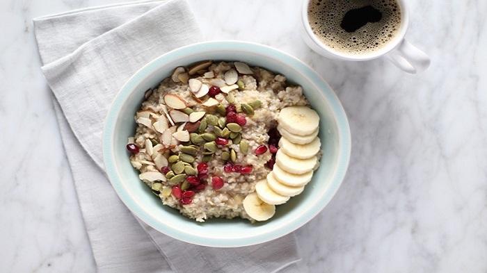 Cháo yến mạch thơm ngon bổ dưỡng, rất tốt cho người giảm cân.