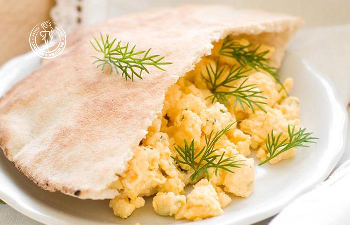 Công thức Yến mạch + bánh mì Pita