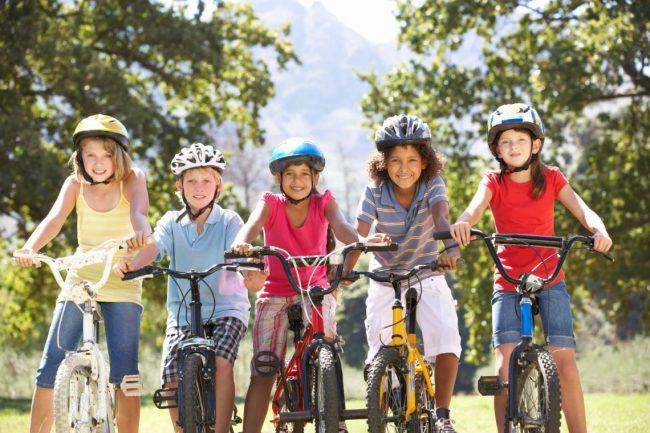 Đạp xe giúp trẻ em nâng cao sức khỏe và giảm nhanh cân