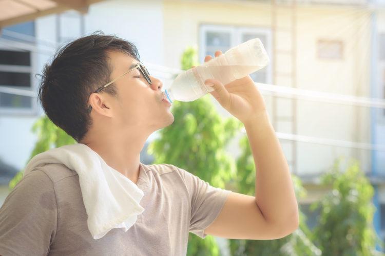 cách giảm cân cho nam hiệu quả với nước