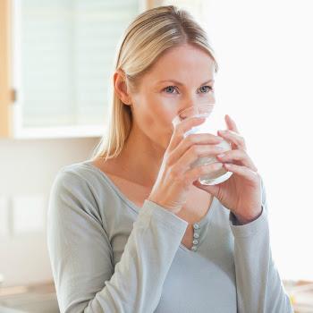 Giảm cân khi cho con bú bằng nước uống