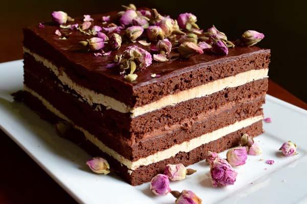 Người đang giảm cân nên tránh xa các món bánh ngọt