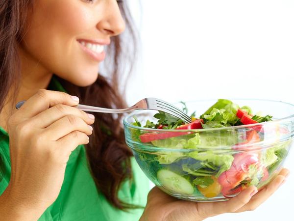 Đừng bao giờ quên rau xanh khi bạn có ý định giảm béo bụng sau sinh
