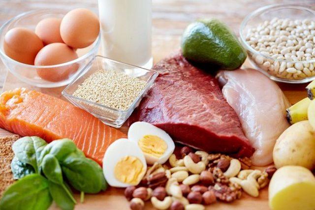Bổ sung thực đơn giàu protein giúp săn chắc cơ bụng