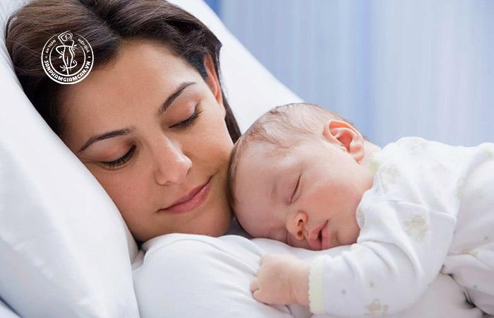 Nên ngủ đủ 7 tiếng mỗi ngày nếu các mẹ muốn giảm cân