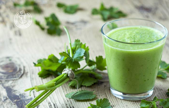 Công thức giảm cân tại nhà với rau mùi tây
