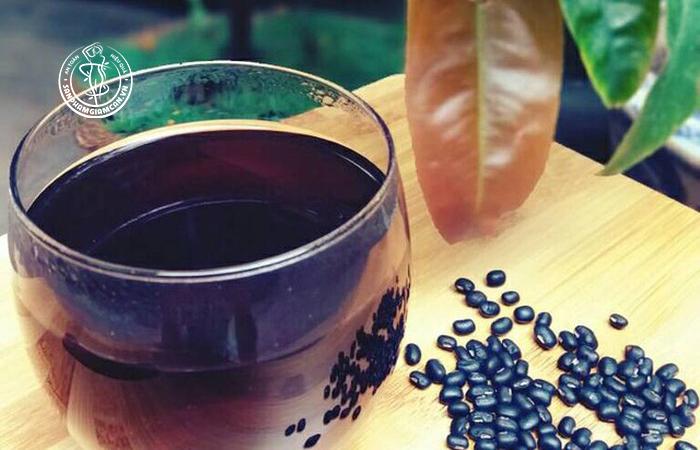 Các bước thực hiện món nước đậu đen rang giảm cân đơn giản