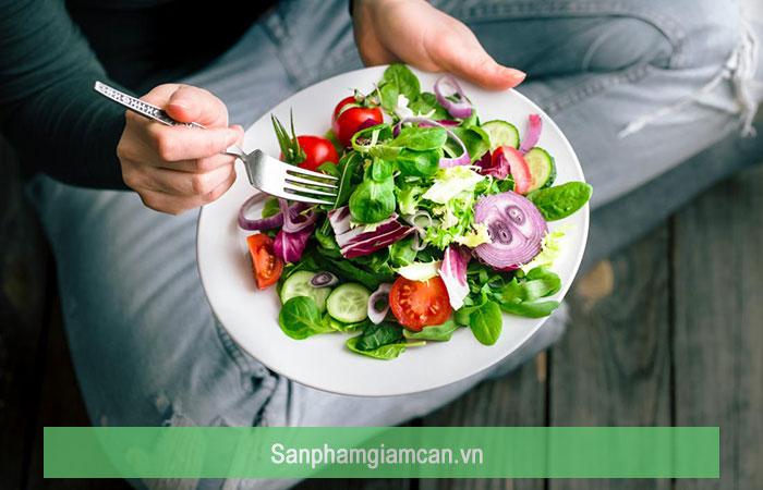 Tránh ăn vặt, tránh xa thực phẩm kích thích là điều quan trọng của DAS