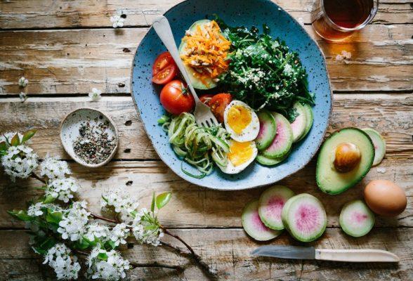 Chế độ ăn Eat Clean là gì? Những điều bạn nên biết khi muốn giảm cân