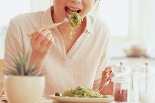 """""""Ăn cả thế giới"""" nhưng lại chẳng cần lo về cân nặng 6"""