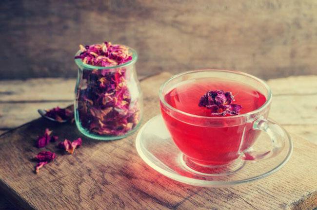 Trà hồng chứa rất nhiều lợi ích cho cơ thể